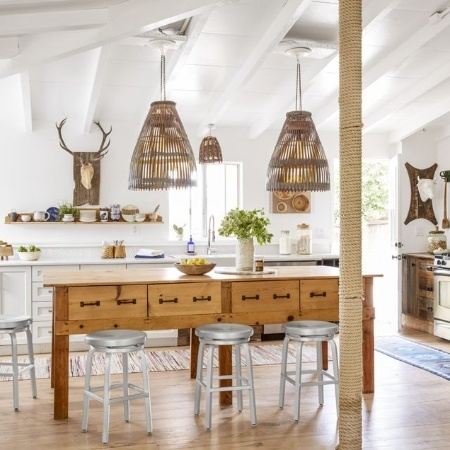 Kitchen Appliances & Decorative Lighting